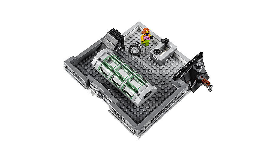 CREATOR 10251 Brick Bank - Click Image to Close