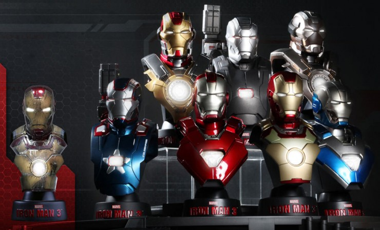 Iron Man 3 Deluxe Set Iron Man Collectible Bust by Hot Toys