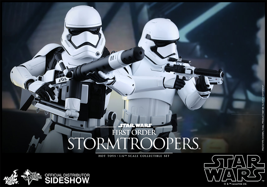 Star Wars Stormtrooper Sixth Scale Figure Set by Hot Toys