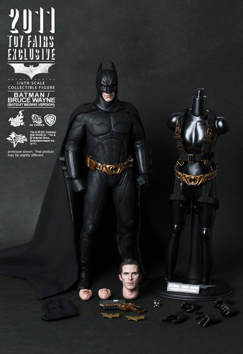 Batman - Bruce Wayne (Batman Begins) Hot Toys Figure - Click Image to Close