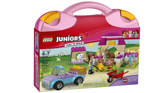 Juniors 10746 Mias Farm Suitcase